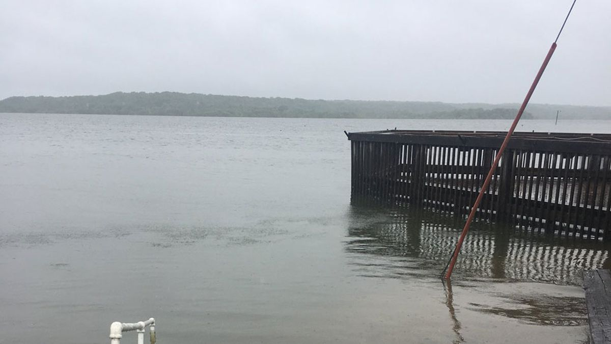 Hookers N Reelers on Lake Perry is dealing with some flooding. They've been moving most things out of the restaurant or to the second level as water comes in. (WIBW/Cecelia Jenkins)