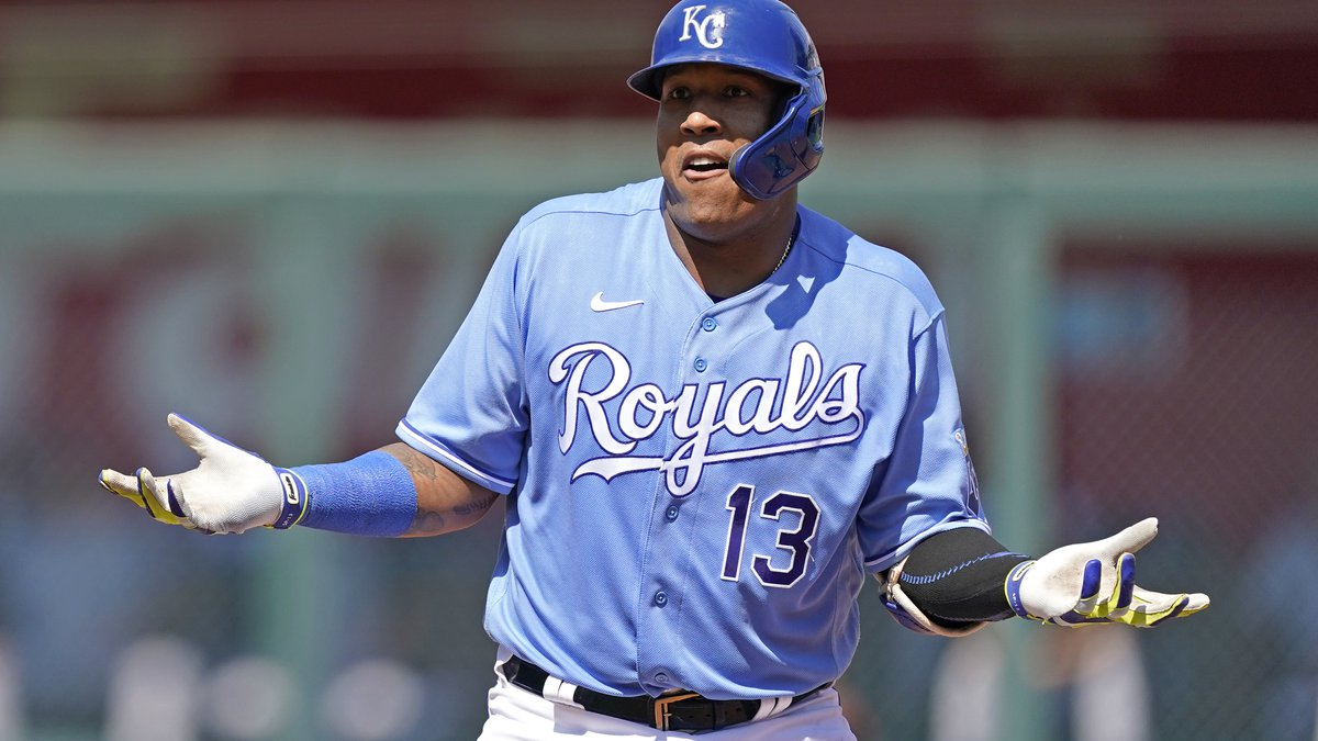 Kansas City Royals' Salvador Perez reacts after advancing to second after reaching on an error...