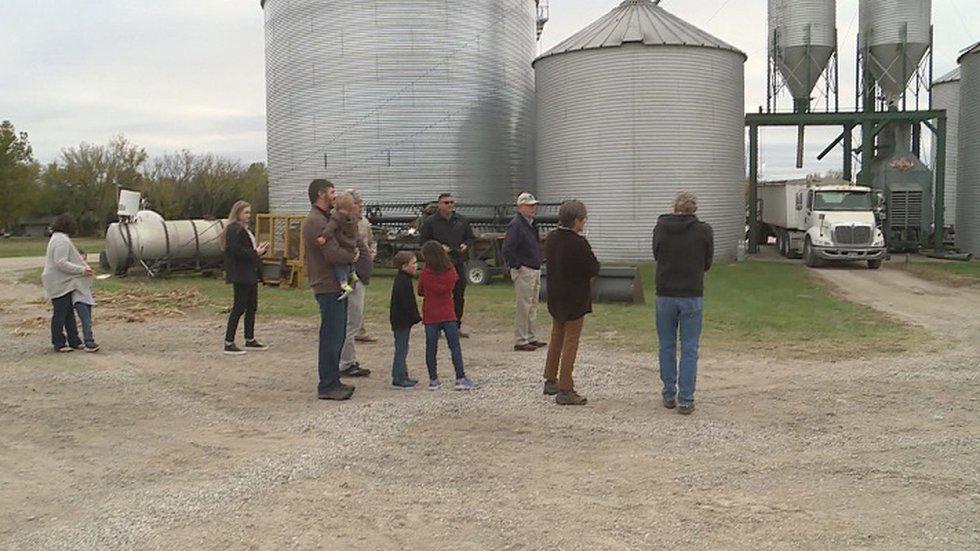 wibw.com - Bryan Grabauskas - Gov. Kelly visits Berryton farm to celebrate Kansas agriculture