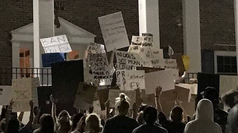 Protests continue in front Phi Kappa Psi