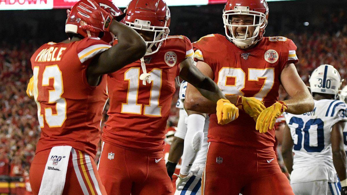 Kansas City Chiefs wide receiver Byron Pringle (13) celebrates his touchdown against the...