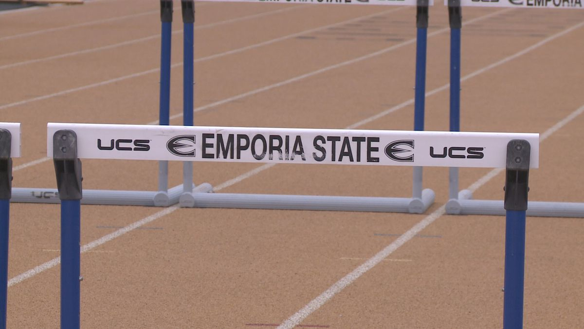 Emporia State student-athletes win national community service award