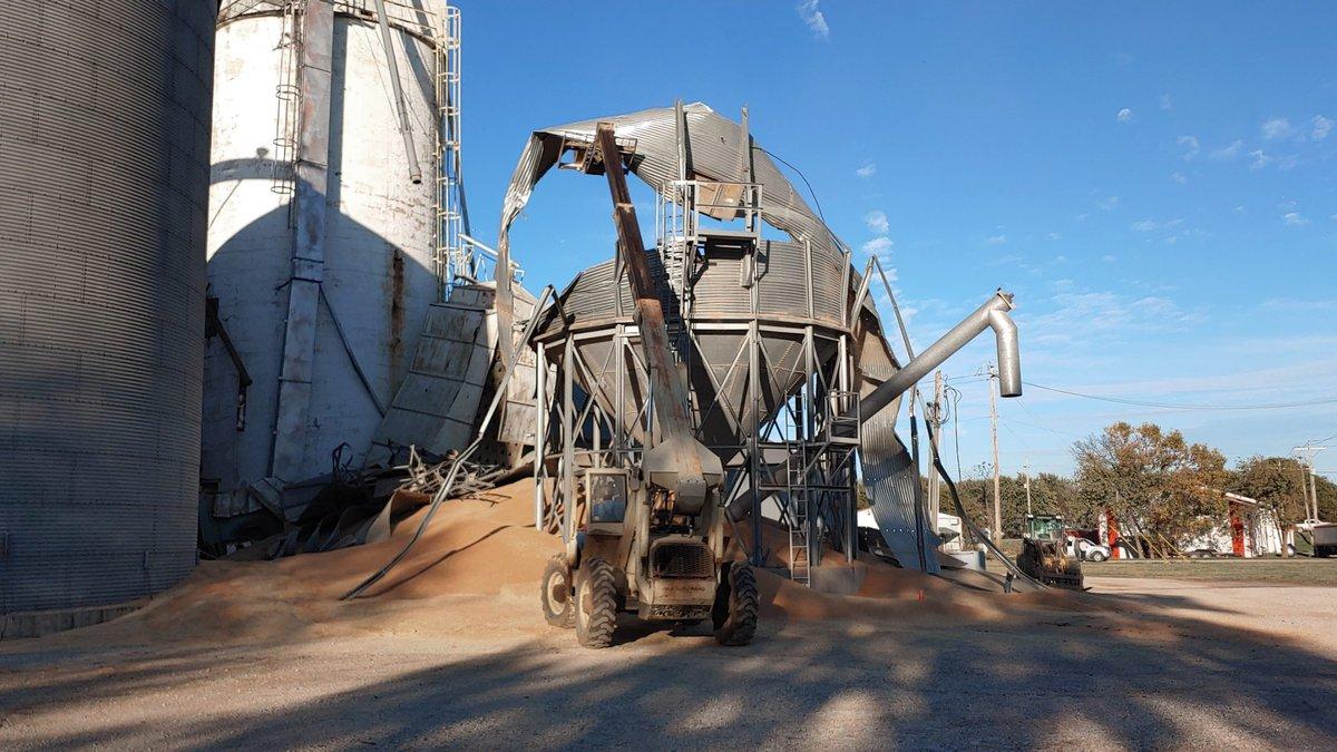 A Grain bin collapsed in Lebo on Wednesday spilling 12,000 bushel of grain.