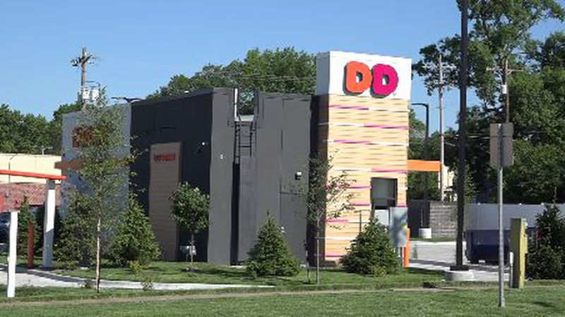 A new Dunkin' store is scheduled to open late next week at 1500 S.W. 6th Ave. in midtown...