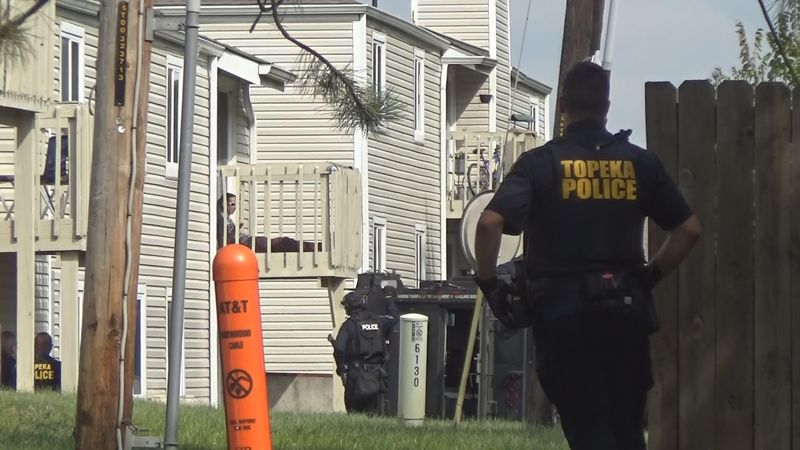 Topeka Police involved in standoff with barricaded suspect