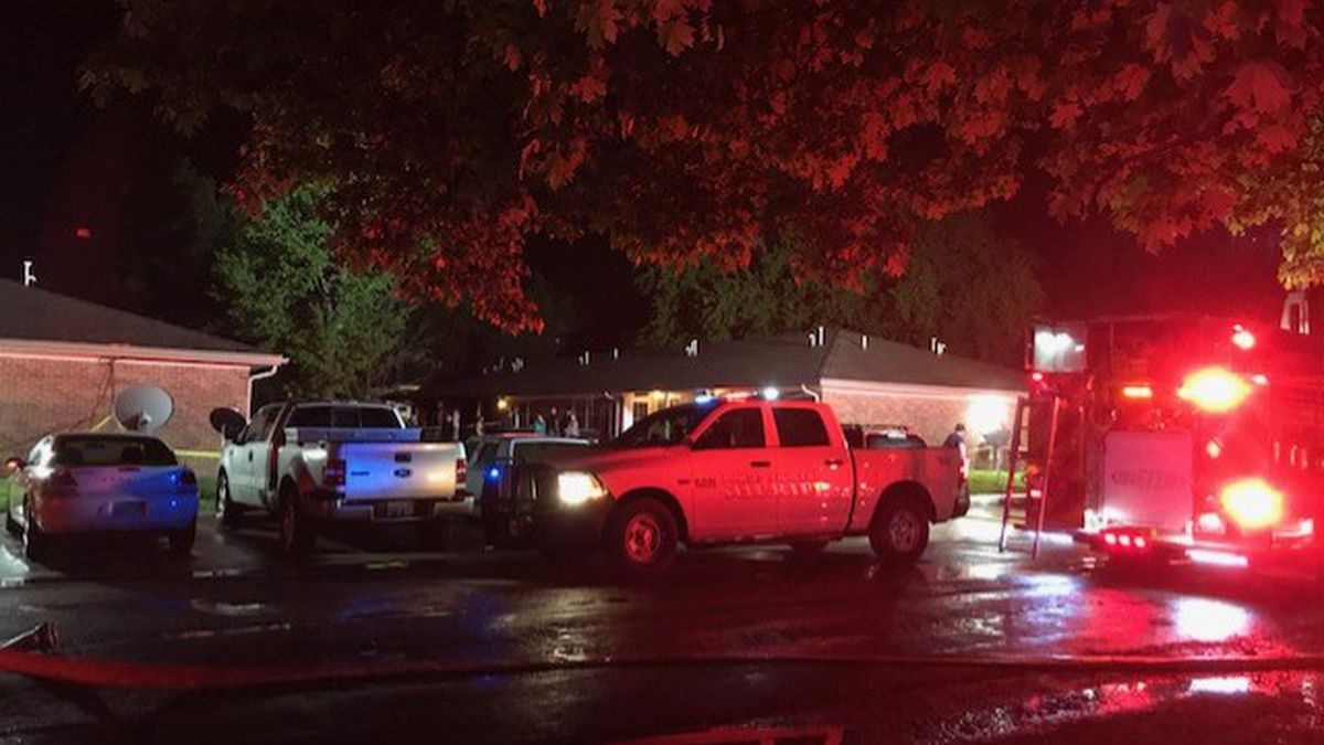 Apartment fire in the 100 block of Jackson Ave. (Burlingame, KS)