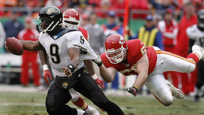 ** FILE ** In this Dec. 31, 2006 file phto, Jacksonville Jaguars quarterback David Garrard (9)...