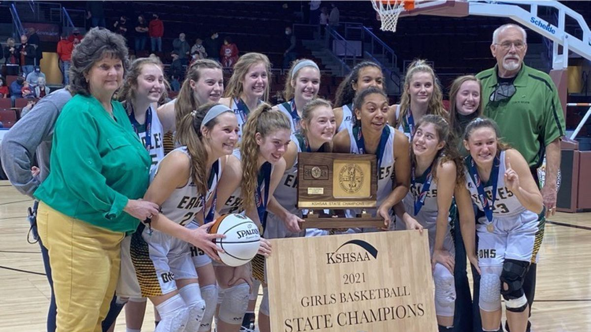 The Olpe girls basketball team beat Norwich 42-25 in the Class 1A DI State Championship game.