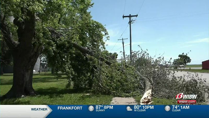 Brown Co. town comes together to pick up after storm
