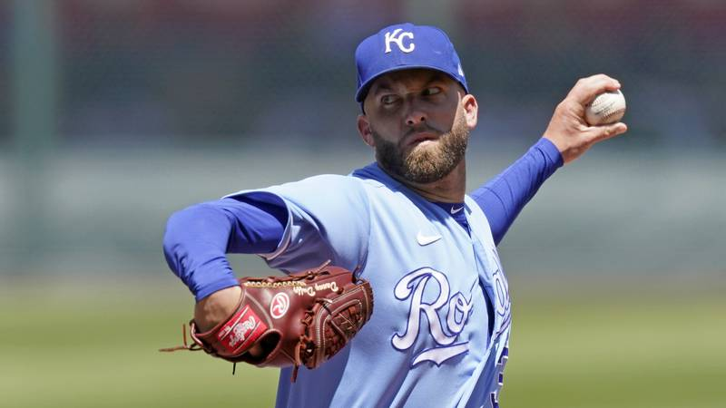 Kansas City Royals starting pitcher Danny Duffy throws during the first inning of a baseball...