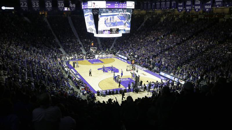 Kansas State and Kansas during the second half of an NCAA college basketball game at Bramlage...