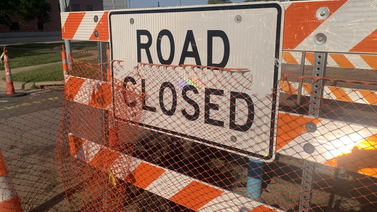 The intersection of  S.W. 12th and Boswell will be closed starting Wednesday morning as part of...