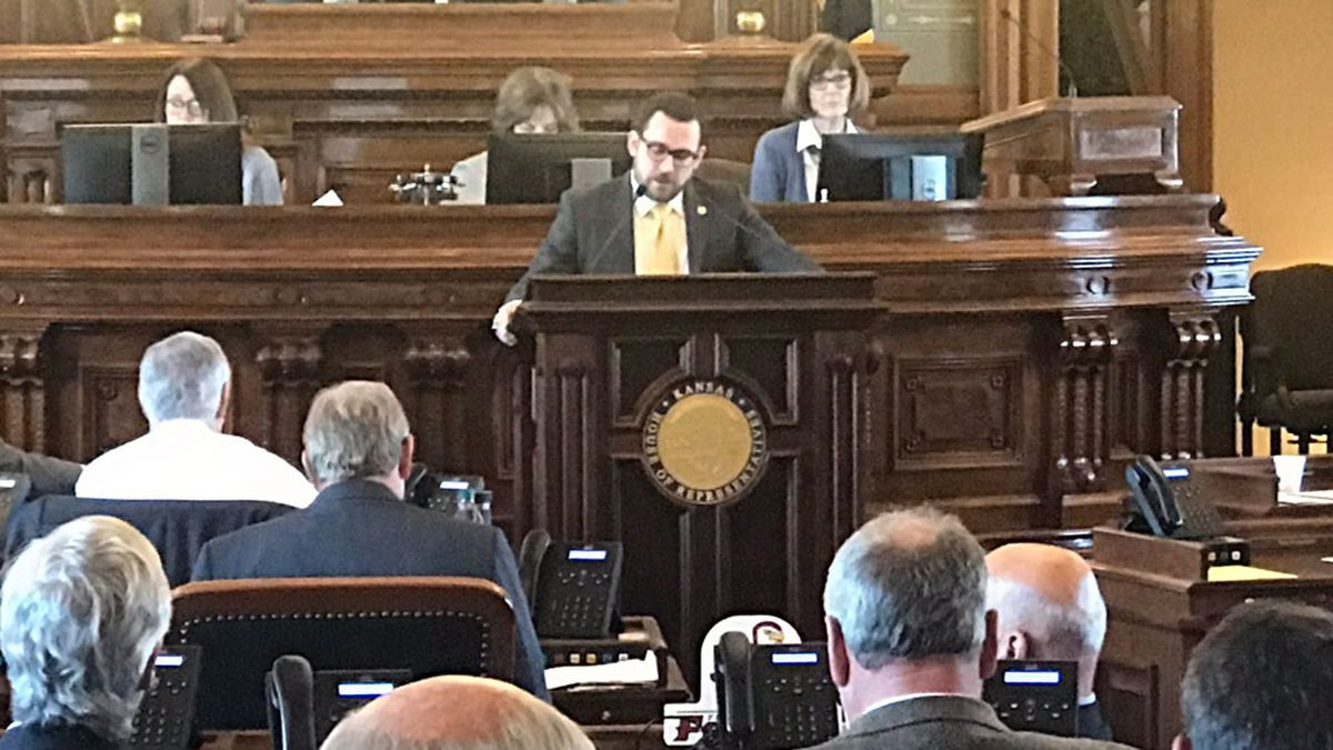 Kansas House members debate a motion to reconsider a vite to override Gov. Laura Kelly's veto of an abortion bill on May 2, 2019 (WIBW/Shawn Wheat)