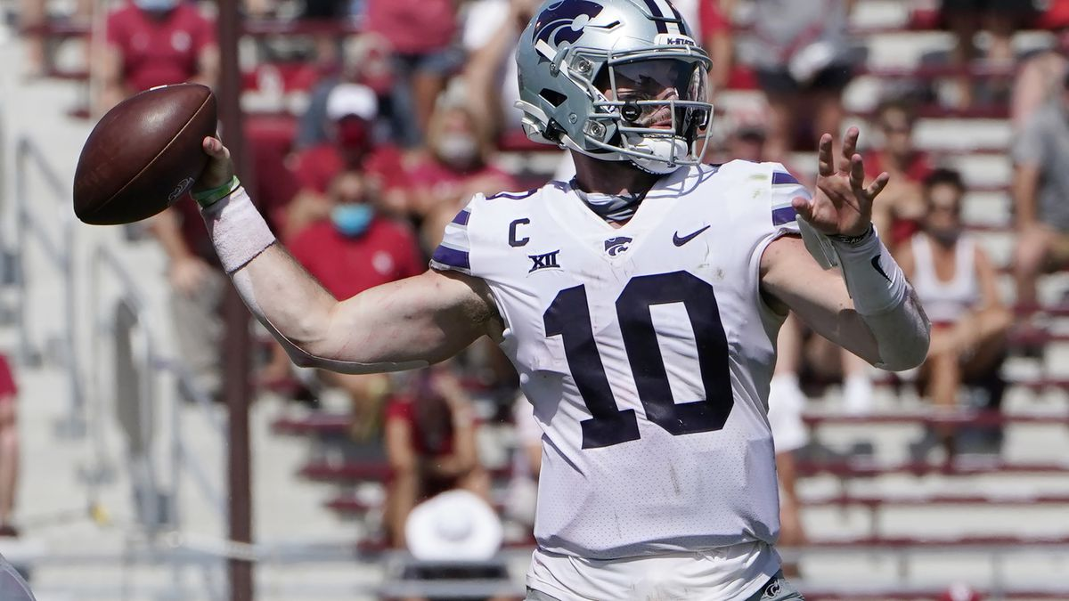 Kansas State quarterback Skylar Thompson (10) passes in the second half of an NCAA college...