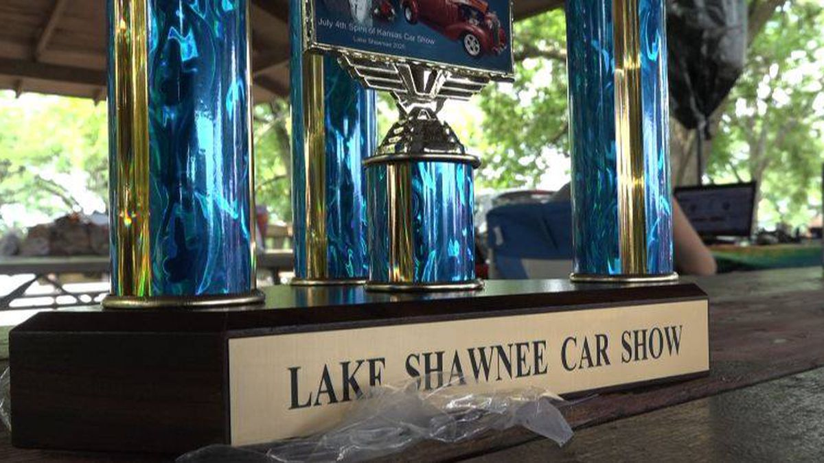 The Lake Shawnee Car Show gave out 25 prizes to drivers. The socially distancing event brought in more than 100 cars on July 4.