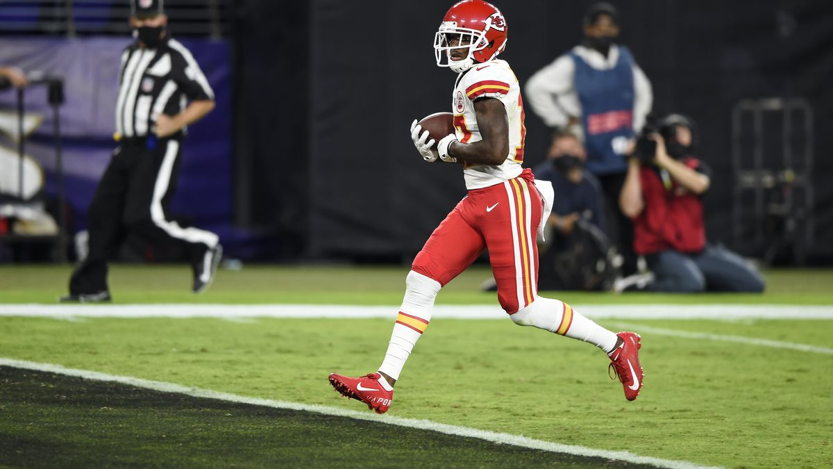 Kansas City Chiefs wide receiver Mecole Hardman scores a touchdown during the first half of an...