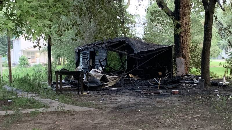 Crews extinguished an intentionally set garage fire early Thursday at 828 N.E. Monroe in North...