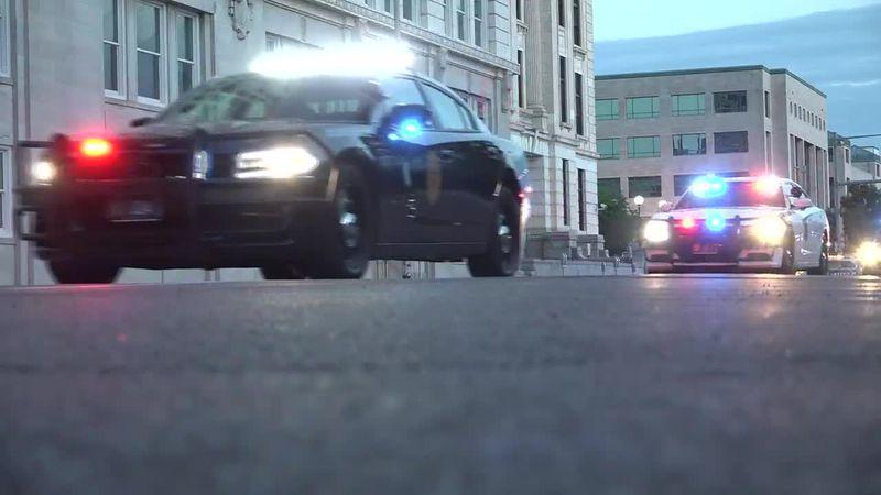 Kansas law enforcement agencies come together for remembrance drive
