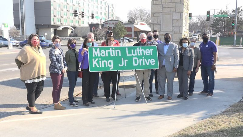 Martin Luther King Jr Drive dedicated in MHK